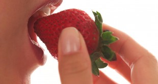 how many calories are in strawberries